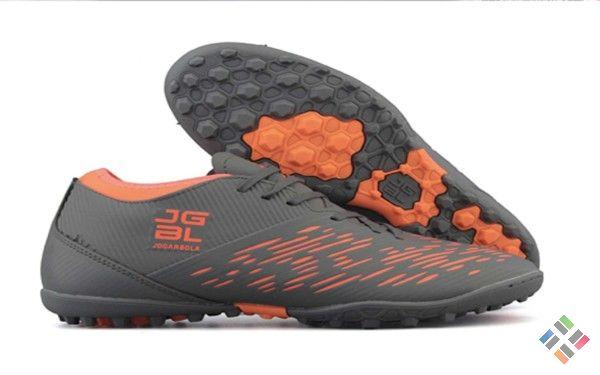 giày đá bóng trên Taobao