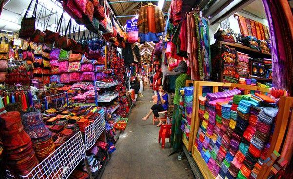 Mua sắm tại những khu chợ đầu mối Trung Quốc